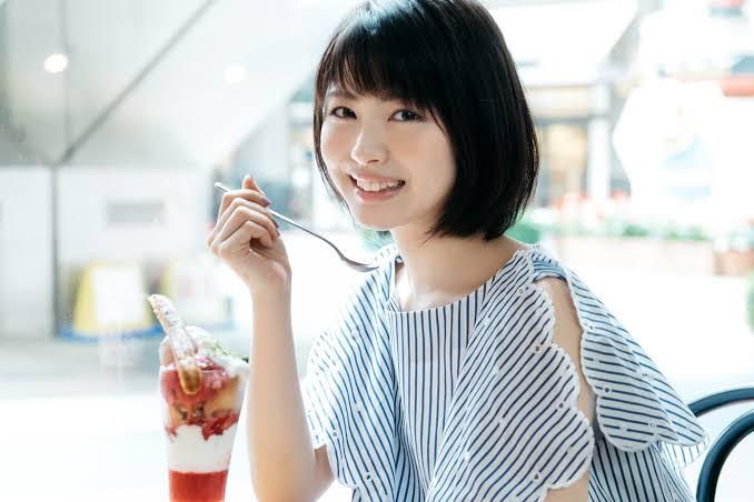 スマートタッチCM女優、浜辺美波のプロフィールをチェック!